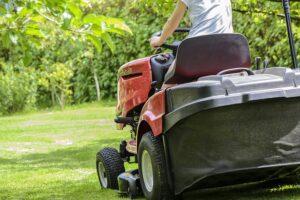 zakupy, ogród, traktorek ogrodowy